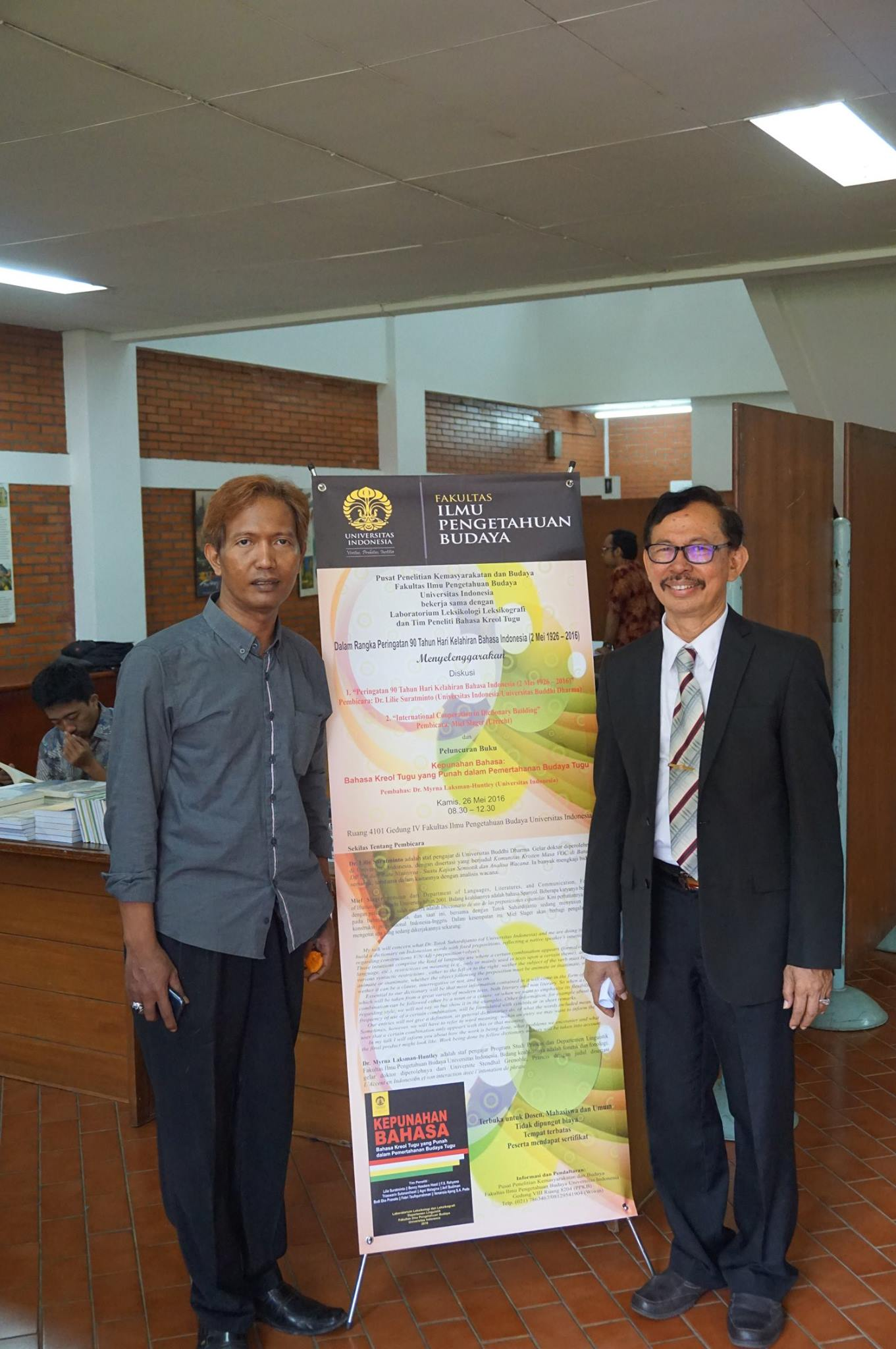 Bersama perwakilan warga Kampung Tugu, Guido Quiko